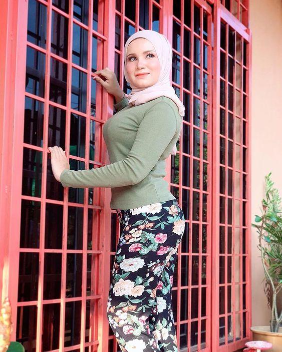 سورية لاجئة في قطر بحث عن زوج حنون ميسور الحال لديه سكن